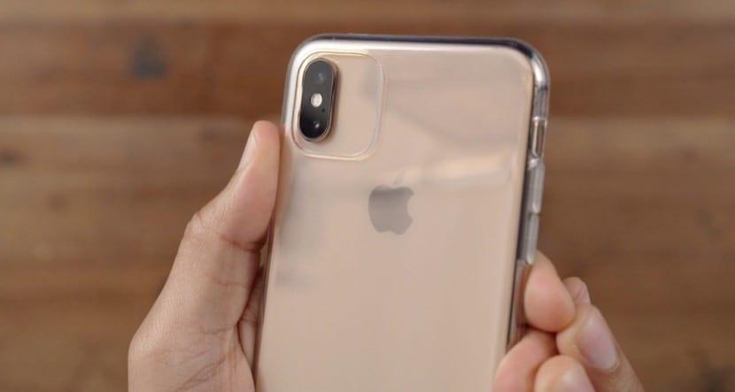 Apple acaba de patentar una funda muy particular para los iPhone