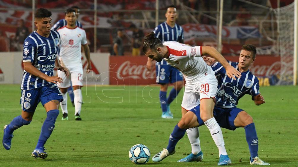 Independiente cosechó una buena victoria en su visita a Godoy Cruz