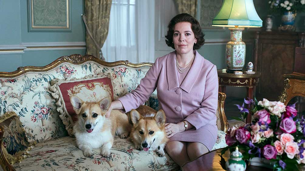 "Regresa ""The Crown"", con la ganadora del Oscar Olivia Colman en el papel de Isabel II"