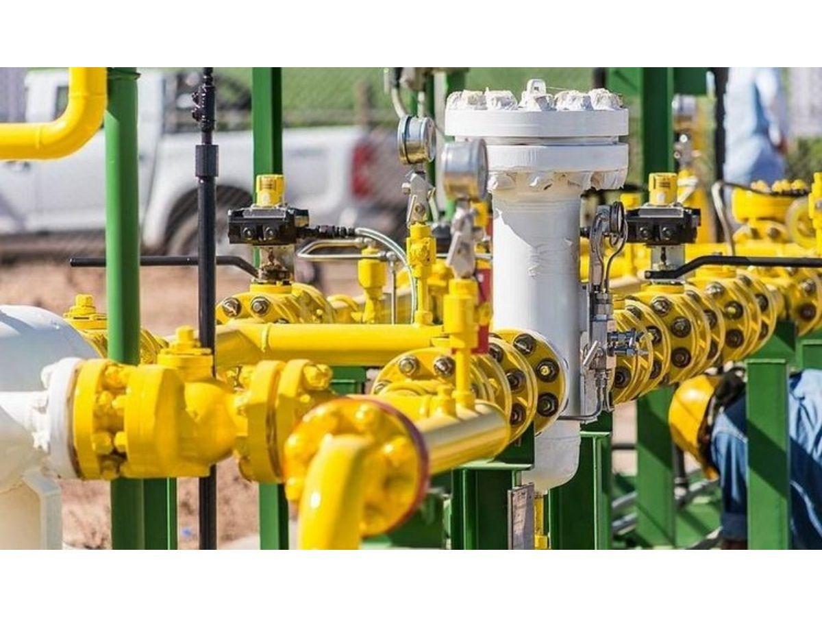 Gobierno devuelve $24.500 millones a distribuidoras de gas por la suba del dólar