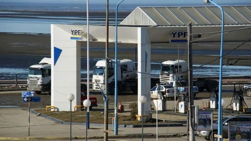Como quedó el litro de nafta en Tierra del Fuego tras el aumento de anoche