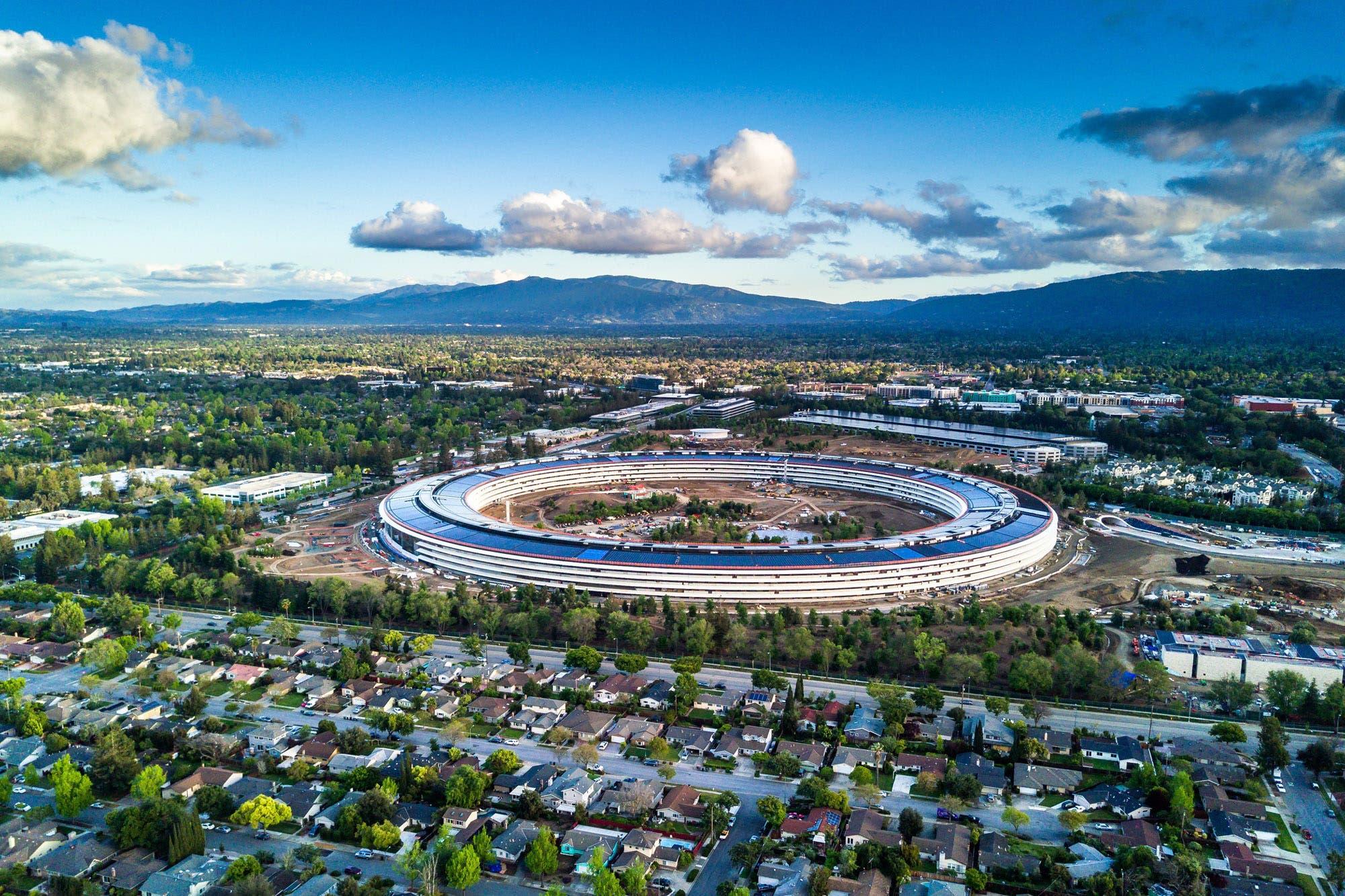 Ofensiva. Silicon Valley y el Estado se preparan para una desgastante guerra