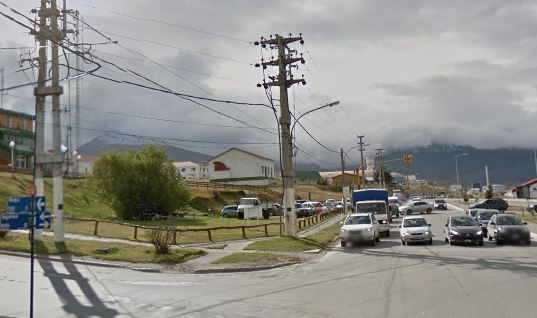 Complicaciones al tránsito en zona céntrica de Ushuaia por corte