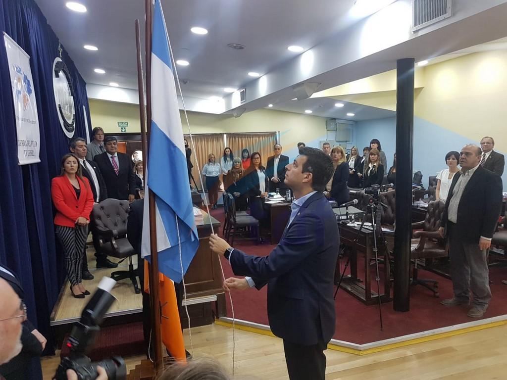"""""""No hay nada de la municipalización de la DIPOSS"""" aseguró Furlan apenas iniciada la sesión"""