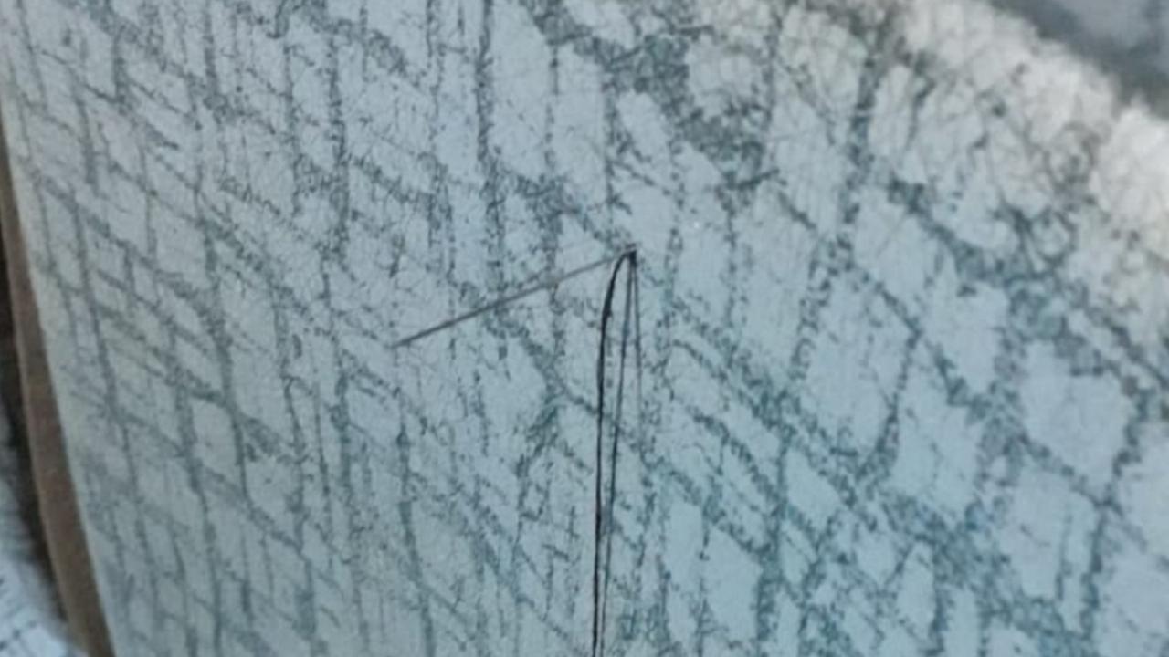 En un colectivo de Río Grande, una mujer herida tras clavarse una aguja