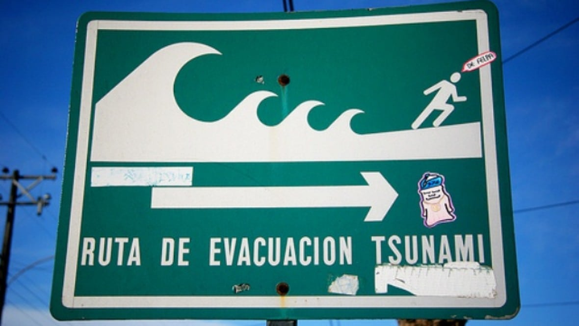 alerta-roja-por-tsunami-en-las-costas-de-chile