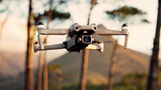 dji-air-2s,-un-drone-con-altas-prestaciones-y-un-peso-de-tan-solo-600-gramos