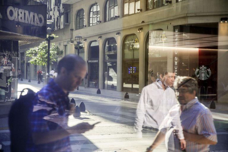 dolar-blue-hoy:-a-cuanto-cotiza-el-viernes-23-de-abril