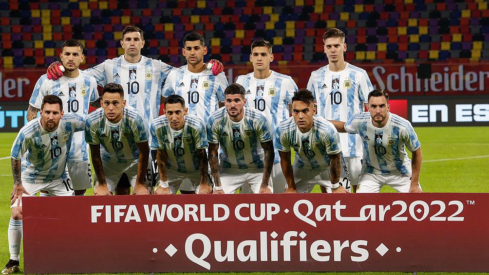 argentina-ya-arribo-a-brasil-y-espera-en-rio-el-duelo-ante-chile