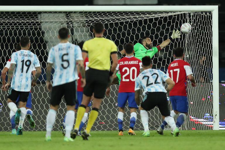 copa-america.-el-debut-de-la-seleccion-argentina-no-fue-el-de-un-candidato-que-quiere-arrebatarle-el-titulo-a-brasil-en-su-casa