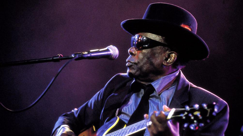 hace-20-anos-moria-john-lee-hooker,-el-gran-maestro-del-blues-acustico-y-el-boogie-electrico