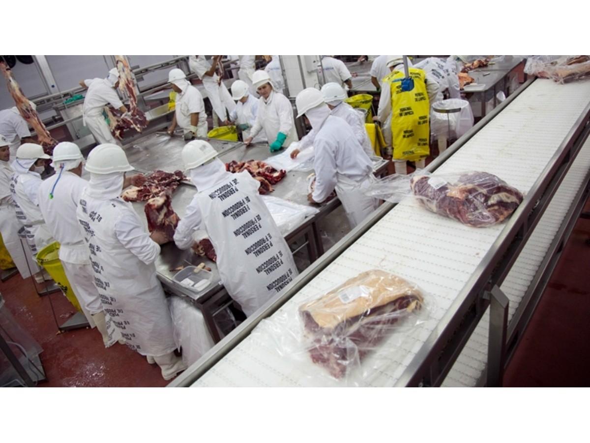 carne:-junio-cerro-con-una-caida-en-las-exportaciones