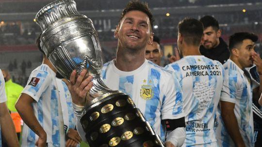 """la-emocion-de-lionel-messi-tras-el-partido-ante-bolivia:-""""he-sufrido-mucho,-pero-estoy-muy-feliz"""""""