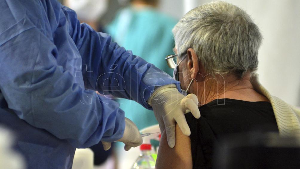 como-seran-los-ensayos-que-buscan-una-vacuna-unica-contra-coronavirus,-gripe-y-bronquiolitis