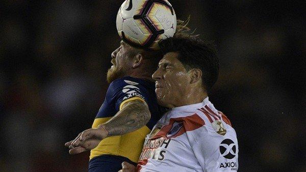 como-sera-el-primer-partido-sin-cabezazos-para-evitar-los-danos-cerebrales-en-el-futbol